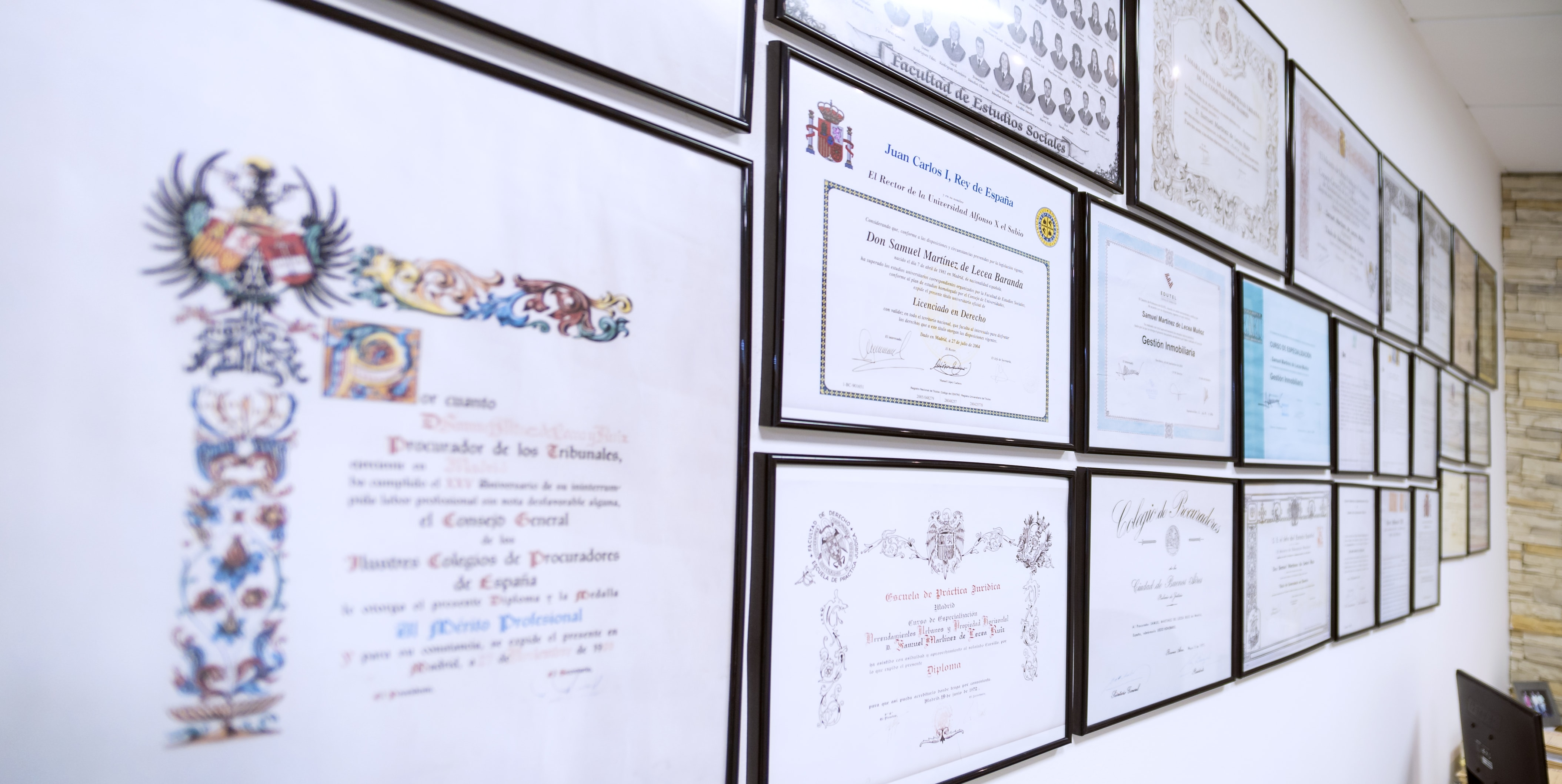 titulos y diplomas despacho